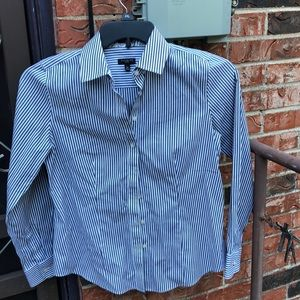 Talbots petites long sleeve button up shirt